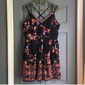 🌺EUC Xhiliration Summer Dress